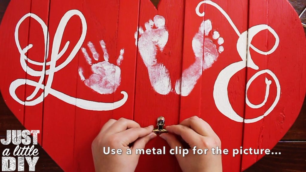 Wooden Heart Decor Metal clip