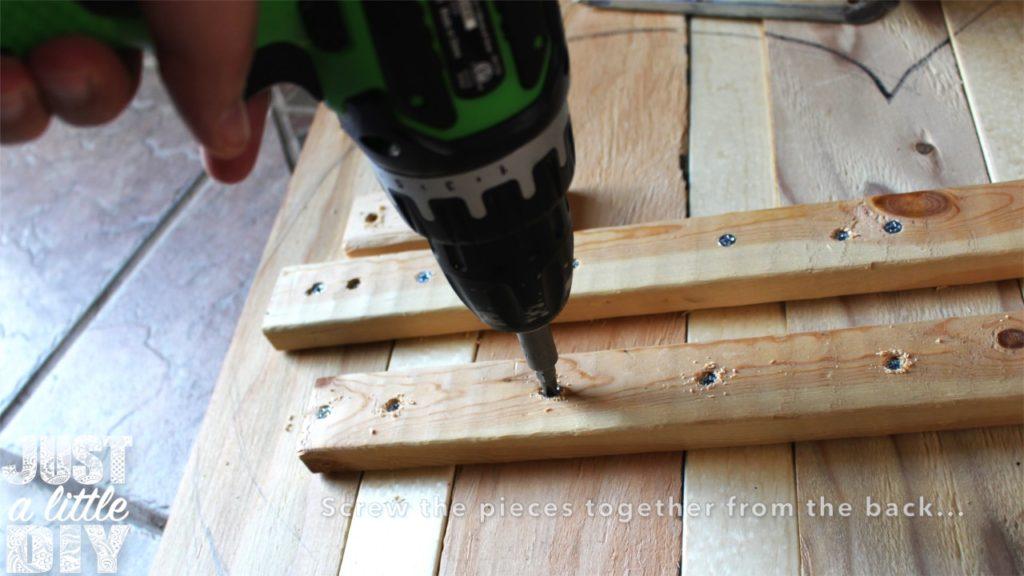 Wooden Heart Decor Screw